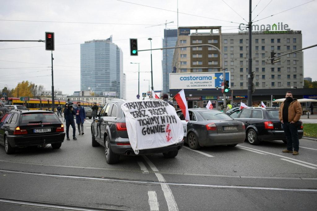 """""""Piątka Kaczyńskiego"""" zamrożona. PiS boi się protestów?"""