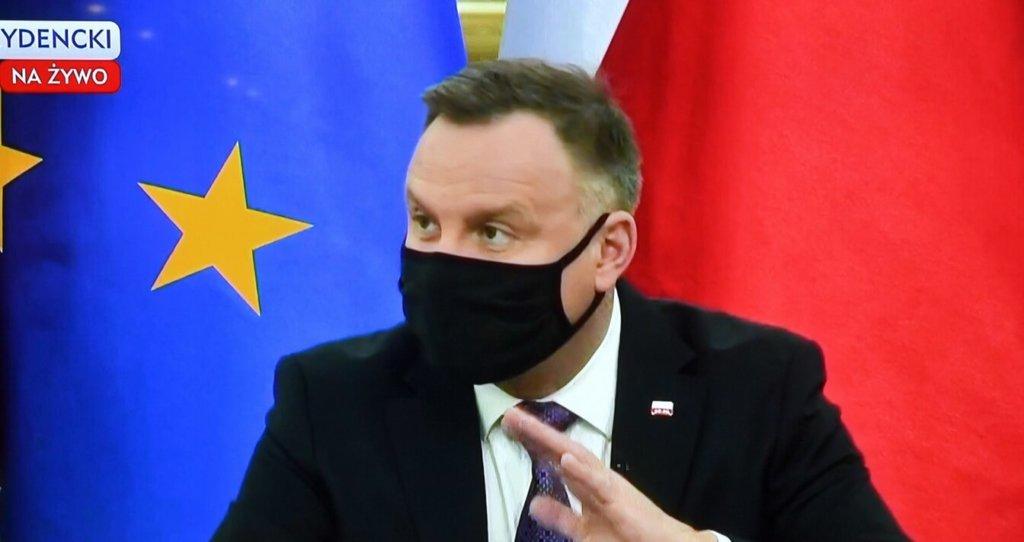 Andrzej Duda myli insurekcję z rezurekcją, a naród odpisuje: człowieku naucz się w końcu po polsku...