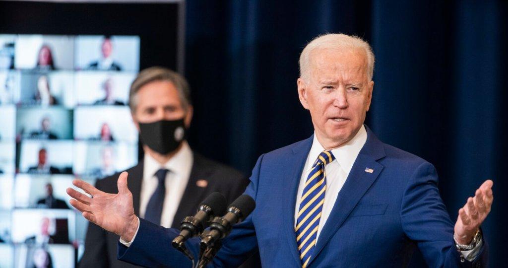 """Biden zapowiada """"skrajnie ostrą rywalizację"""" z Chinami. Unia Europejska przeciwnie"""