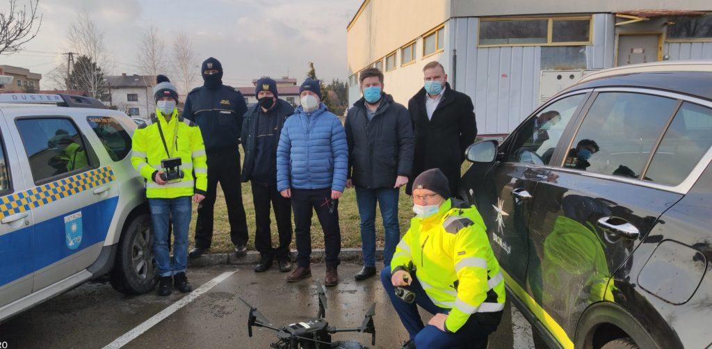"""""""Dronem w smog – dbamy o jakość powietrza w Ustroniu"""" - nowy ustroński program walki ze smogiem"""